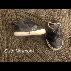 Carter's newborn shoes